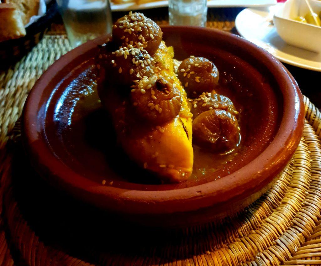 chicken figs tagine in marrakech