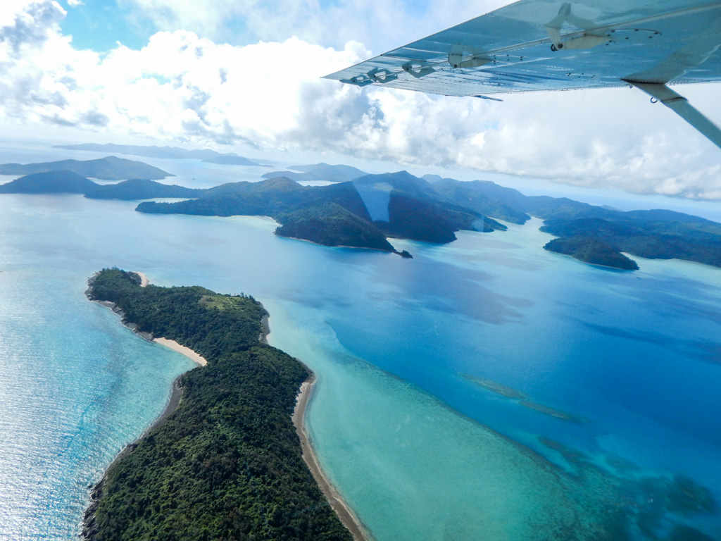flying above the whitsundays