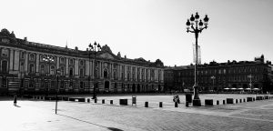 capitole toulouse where to stay