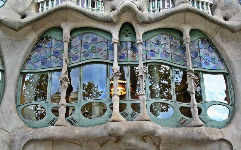 gaudi casa batllo barcelona passeig de gracia
