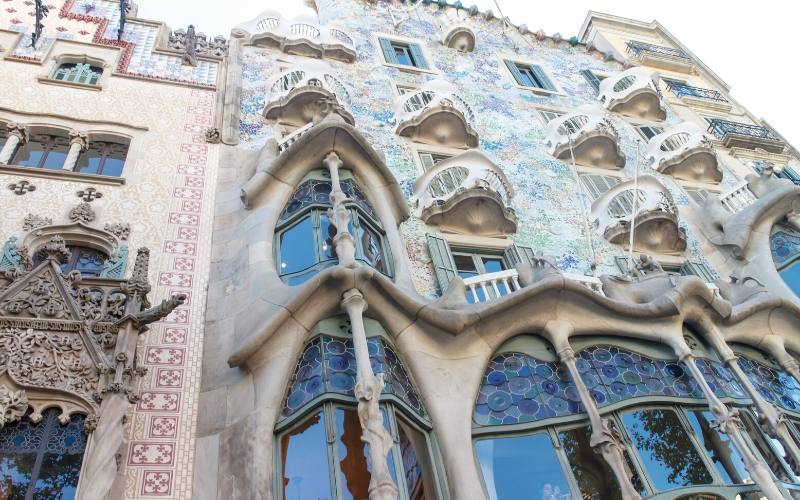 casa mila things to do barcelona