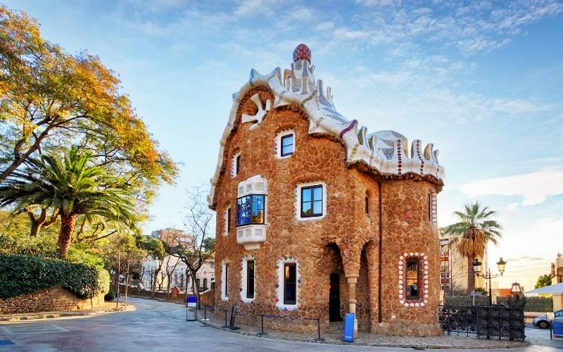 visit park guell barcelona landmark