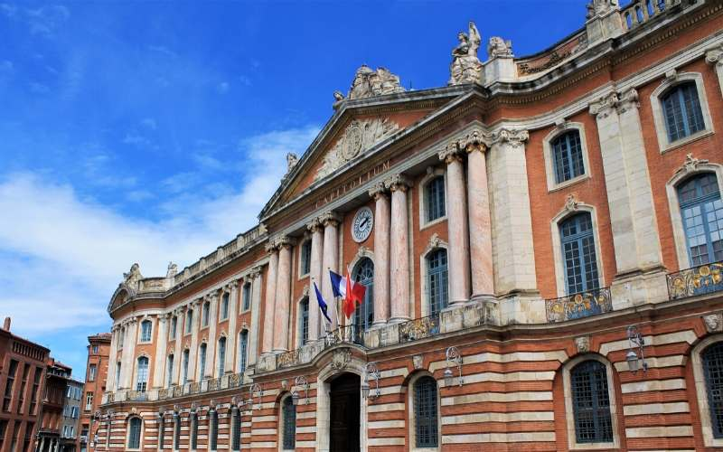 things to do toulouse capitole
