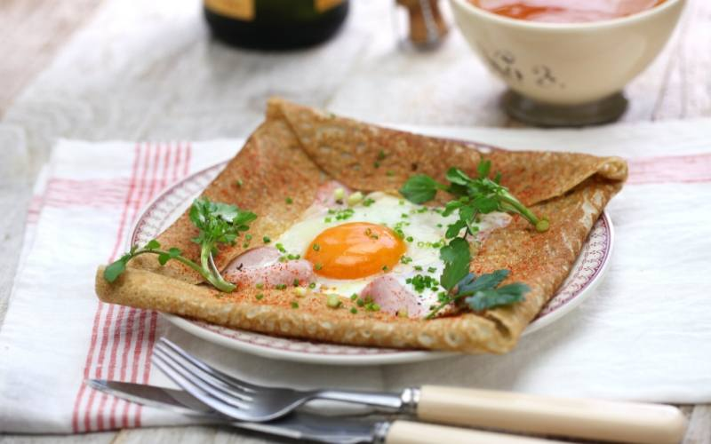 french crepes ham and egg