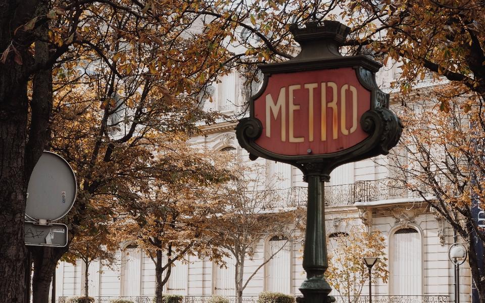 interesting facts paris metro
