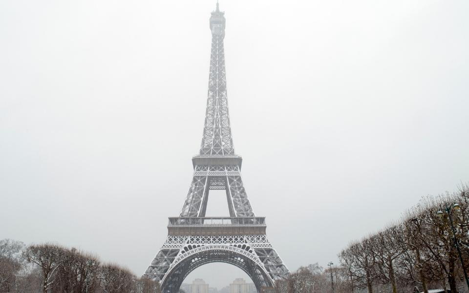 paris fun facts eiffel tower