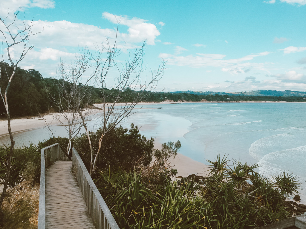 byron bay walking track to lighthouse