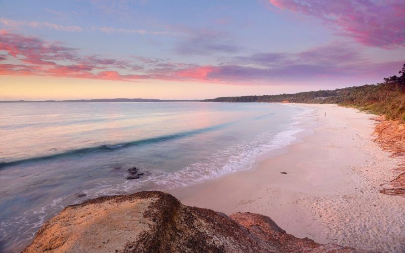 nelsons beach in jervis bay australia