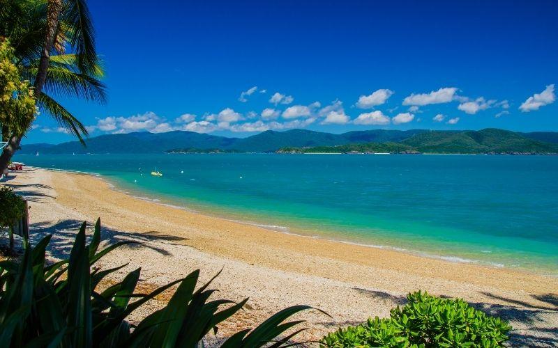 beaches daydream island