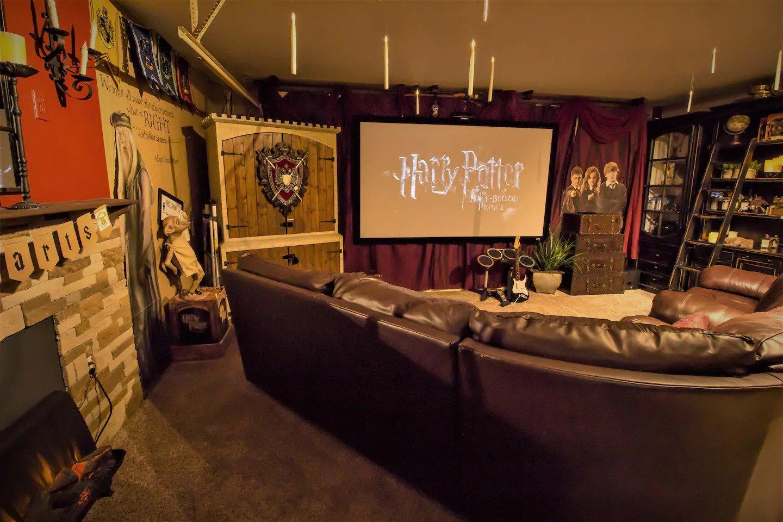 Harry Potter theatre Orlando Airbnb