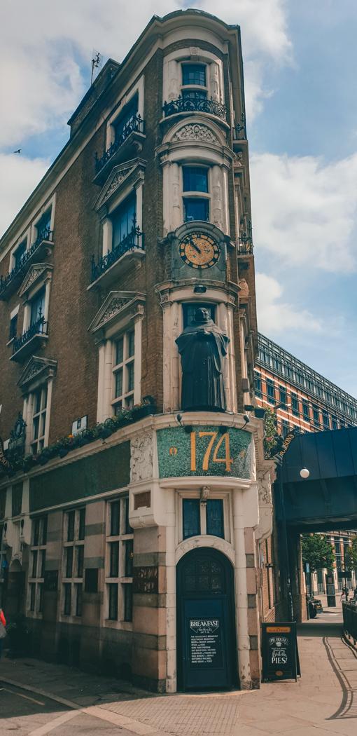 historic pub in london
