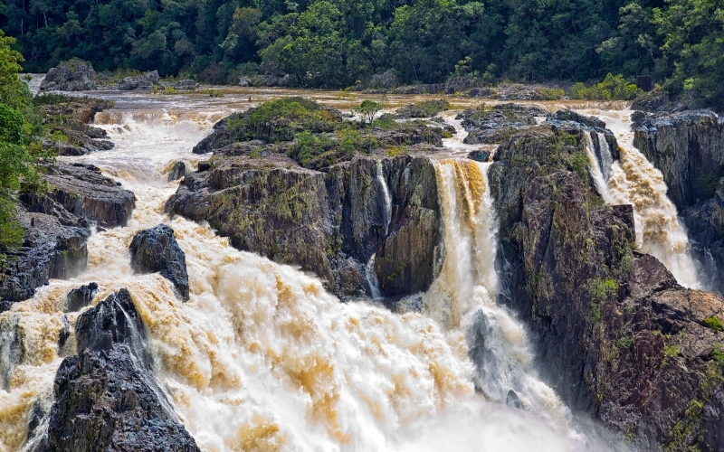 Visiting the Barron Falls in Queensland