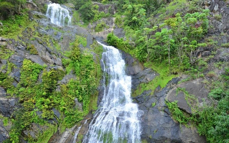 Stoney Creek Falls in Queensland